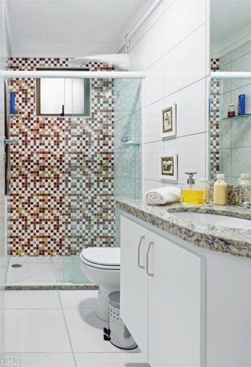 com pastilha marrom 490x716 BANHEIRO SIMPLES acabamentos que deixam o banheiro moderno