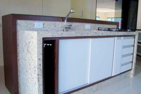 imagem 15 6 490x326 Escolhendo GRANITO branco para cozinhas e soleiras