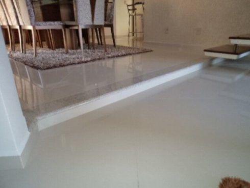 imagem 18 6 490x369 Escolhendo GRANITO branco para cozinhas e soleiras