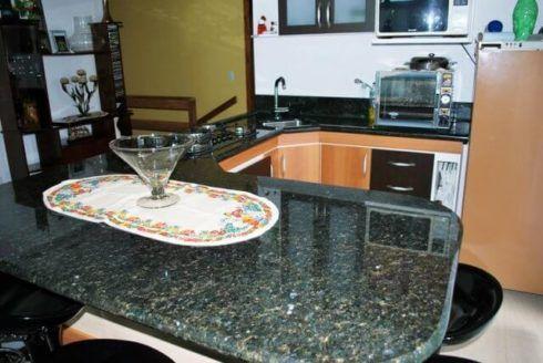 imagem 19 490x328 GRANITO VERDE UBATUBA na cozinha, banheiro e mais
