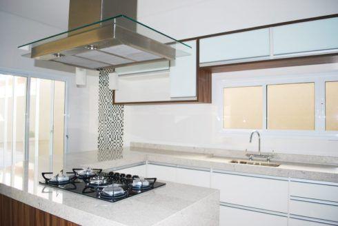 imagem 9 6 490x328 Escolhendo GRANITO branco para cozinhas e soleiras