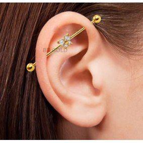 piercing transversal na orelha 2 Tipos de PIERCING NA ORELHA conheça cada detalhe