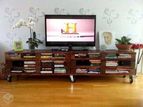 rack de pallet 1 490x366 RACK PARA TV modelos para sala de estar, confira