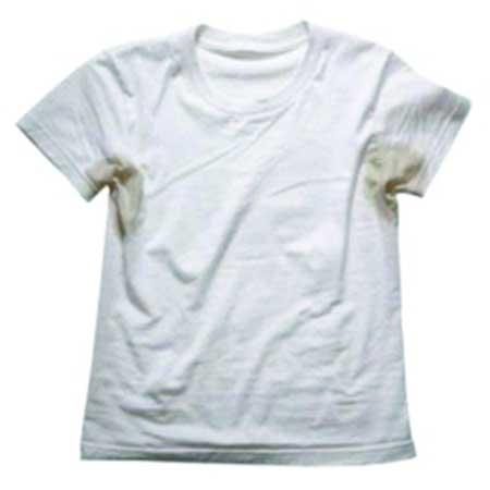mancha de desodorante na camisa Como tirar manchas de Desodorante das Roupas (passo a passo)