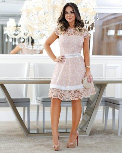 vestido de renda curto 490x613 Modelos VESTIDO SOCIAL CURTO como usar