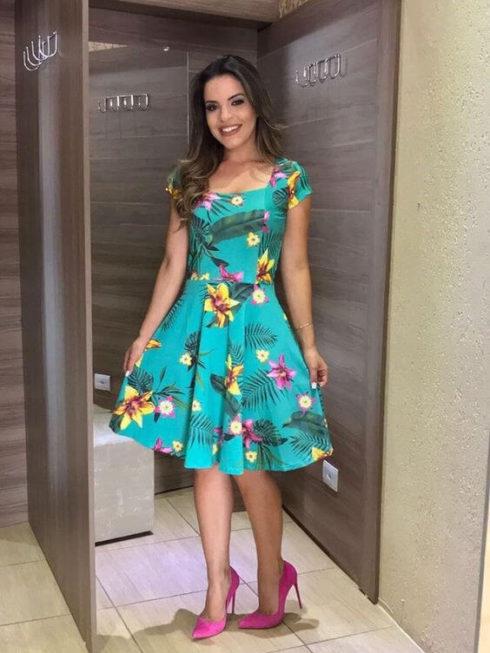 vestido social curto estampado 1 490x653 Modelos VESTIDO SOCIAL CURTO como usar