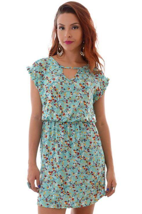 03ab0a6a9899 Por certo, os vestidos curtos estampados, estão entre os preferidos das  mulheres mais jovens, e surgem como mais uma opção para todos os gostos.