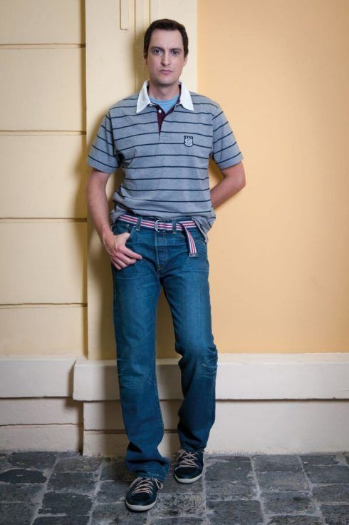 camiseta polo com calca 4 490x736 Camiseta Polo Masculina (Estilos com calça, e bermuda)