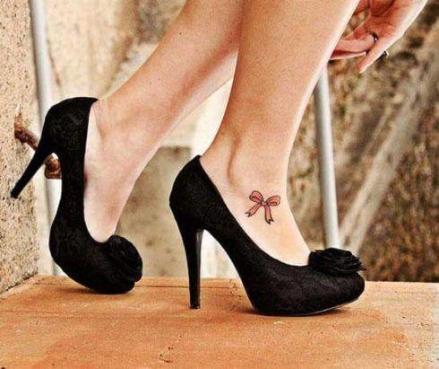 imagem 28 490x411 Tatuagens Delicadas (desenhos e áreas do corpo a tatuar)