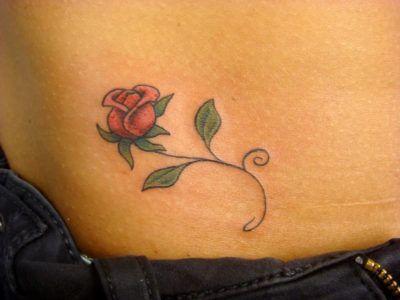 tatuagem delicada na barriga 1 Tatuagens Delicadas (desenhos e áreas do corpo a tatuar)