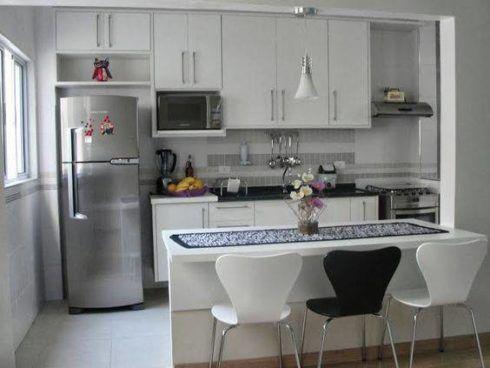 cozinha planejada com bancada 1 490x368 Cozinha Planejada MODERNA configurações maravilhosas