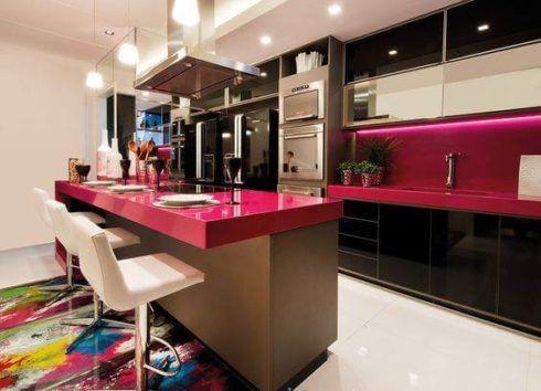 cozinha planejada com bancada 5 490x354 Cozinha Planejada MODERNA configurações maravilhosas