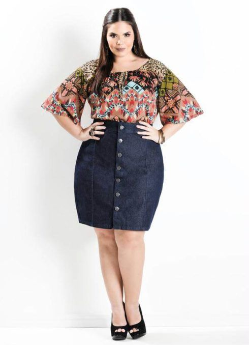saias plus size jeans at%C3%A9 o joelho 490x678 Especial saias PLUS SIZE modelitos que encantam