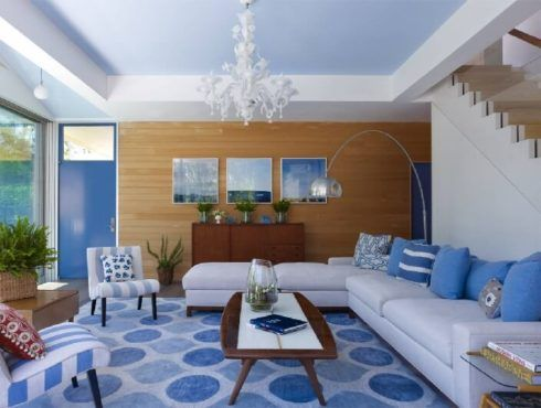 sala de estar decorada azul 5 490x370 Ambientes decorados com Azul (Sala, Cozinha, banheiro, Quarto)