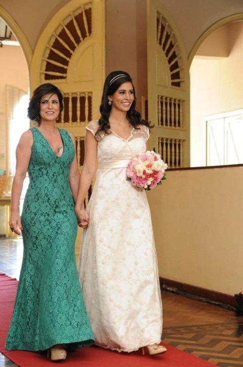 vestido mae da noiva jovem 4 490x738 VESTIDOS para Mãe da noiva e do noivo para casamento