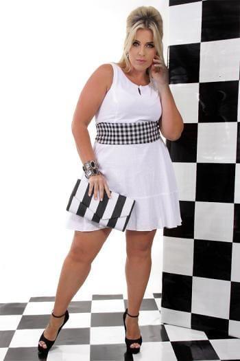 vestido plus size para balada branco Vestidos PLUS SIZE para Festas e Baladas e dia a dia