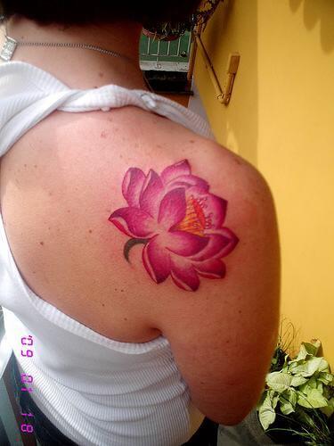 imagem 15 6 Tatuagem Flor de Lótus Feminina, Áreas a Tatuar