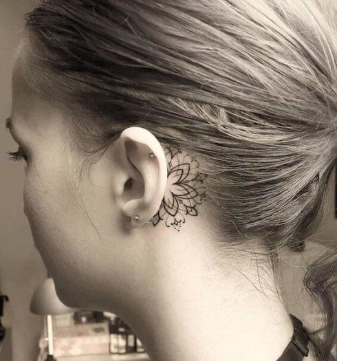 imagem 42 1 490x525 Tatuagem Flor de Lótus Feminina, Áreas a Tatuar