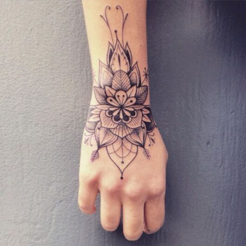 imagem 51 2 490x490 Tatuagem Flor de Lótus Feminina, Áreas a Tatuar