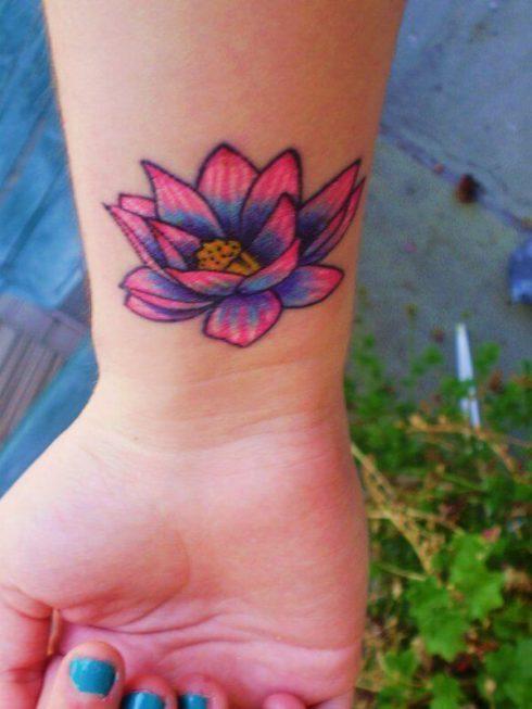imagem 54 2 490x653 Tatuagem Flor de Lótus Feminina, Áreas a Tatuar