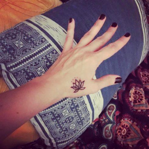 imagem 87 490x490 Tatuagem Flor de Lótus Feminina, Áreas a Tatuar