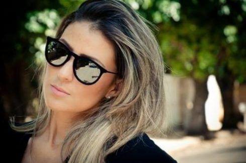oculos de sol espelhado feminino com arma%C3%A7%C3%A3o preta 490x324 Óculos de Sol para o Verão modelos modernos e da Moda