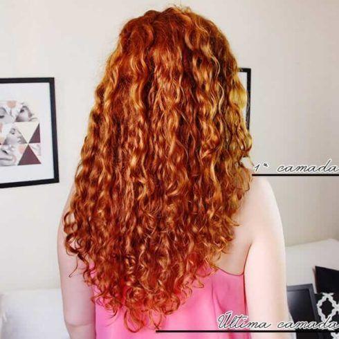cabelo cacheado corte em v 1 490x490 Cortes de Cabelo Cacheado que Estão na moda curto ao longo