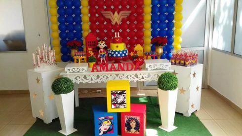 decoracao festa mulher maravilha 2 490x276 Festa de Aniversário Mulher Maravilha para Meninas, Conheça