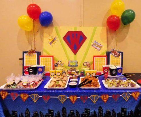 festa de aniversario liga da justica 3 490x408 Festa Infantil de Aniversário Liga da Justiça como Decorar com Esse Tema