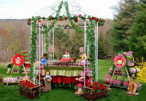 imagem 10 10 490x339 Decoração Festa Chapeuzinho Vermelho de Aniversário infantil
