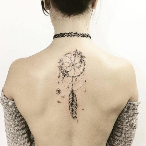 imagem 32 4 490x490 Tatuagem Filtro dos Sonhos Feminina em diversas partes do corpo