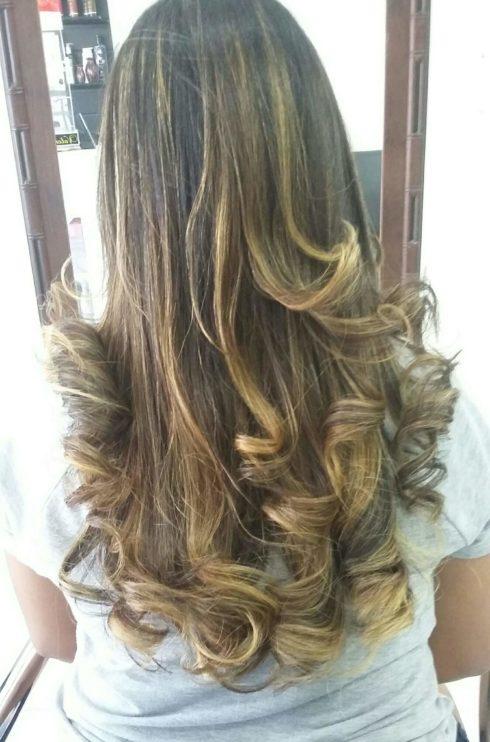 imagem 40 490x742 Cabelo Ombré Hair visuais Incríveis e charmosos