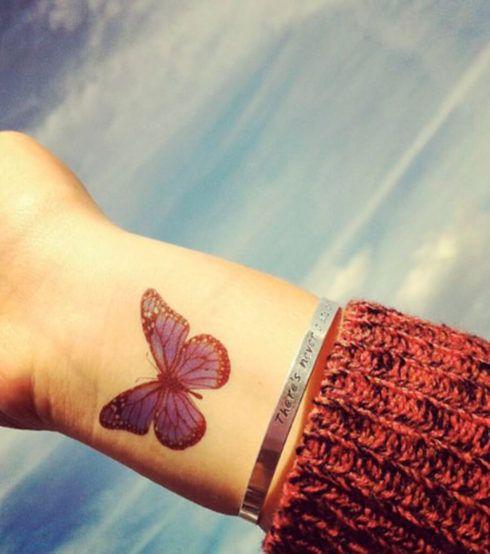 imagem 5 82 490x554 Tatuagem de Borboleta Feminina, Desenhos, partes do Corpo