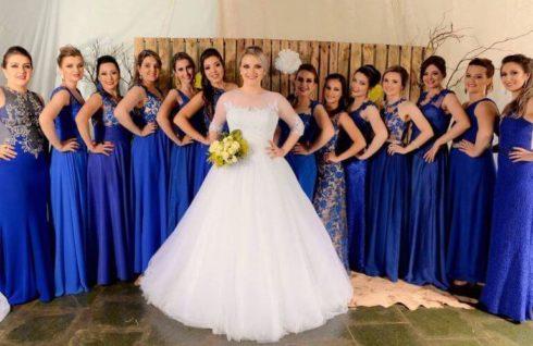 imagem 52 1 490x318 Vestidos para Madrinha de Casamento 2019 2020, Jeitos de usar