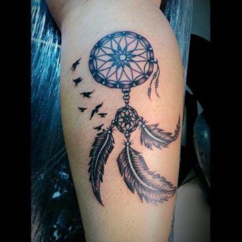 tatuagem filtro dos sonhos na perna 3 490x490 Tatuagem Filtro dos Sonhos Feminina em diversas partes do corpo