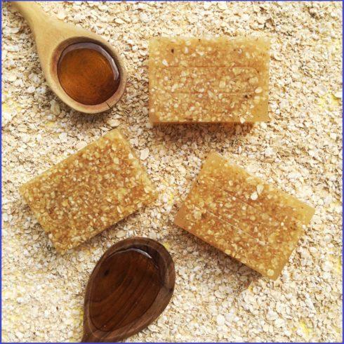 Sabonete de Aveia e Mel artesanal 490x490 Como fazer sabonete artesanal receita pra fazer em casa