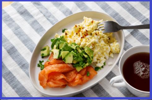 caf%C3%A9 da manh%C3%A3 low carb 490x325 Café da manha para perder barriga e emagrecer com saúde